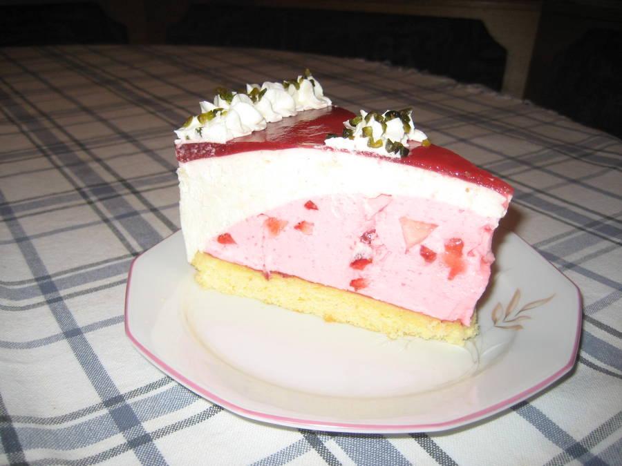 Erdbeer Vanille Torte Ein Traum In Rot Weiss
