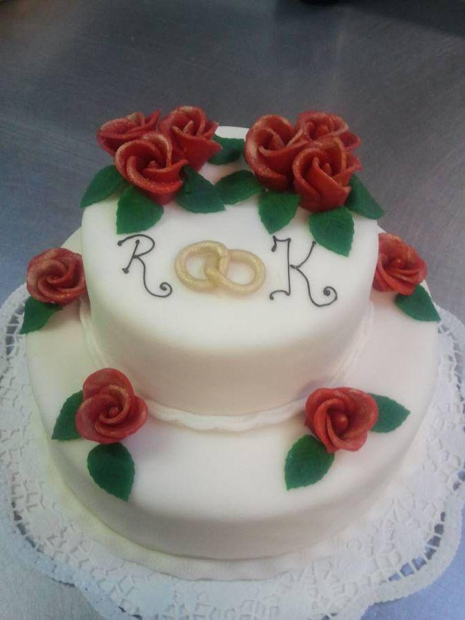 Kleine Torte Zur Goldenen Hochzeit Mit Fondant Und Marzipan